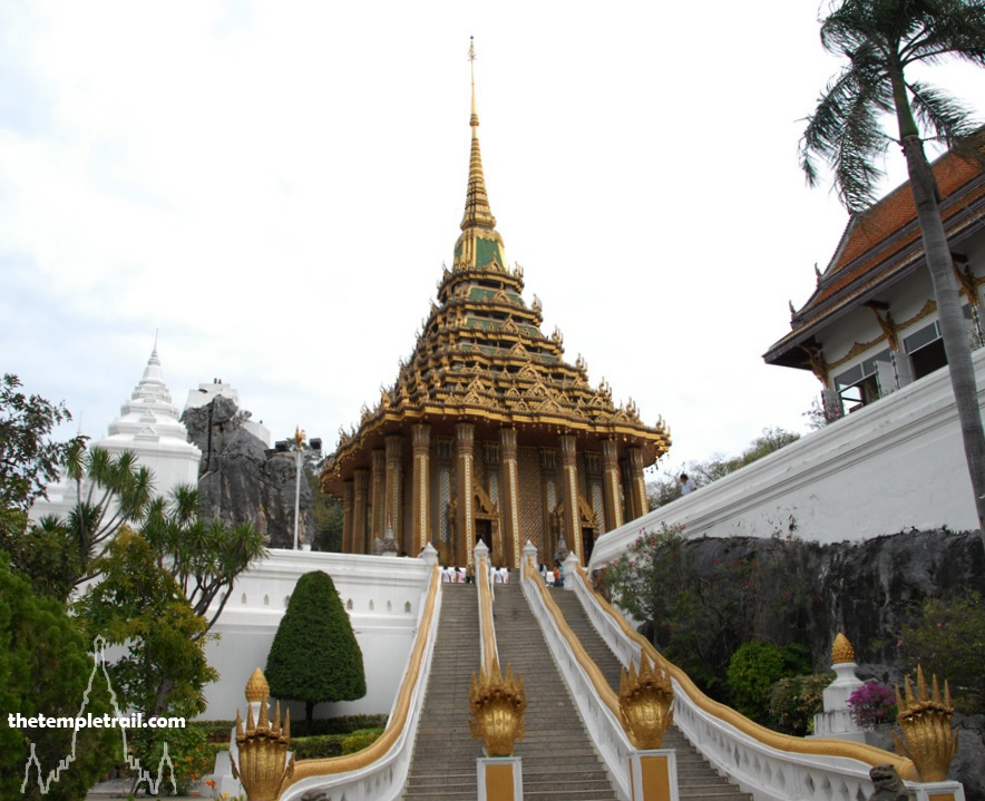 Wat Phra Phuttabat, Mondop and Naga Staircase